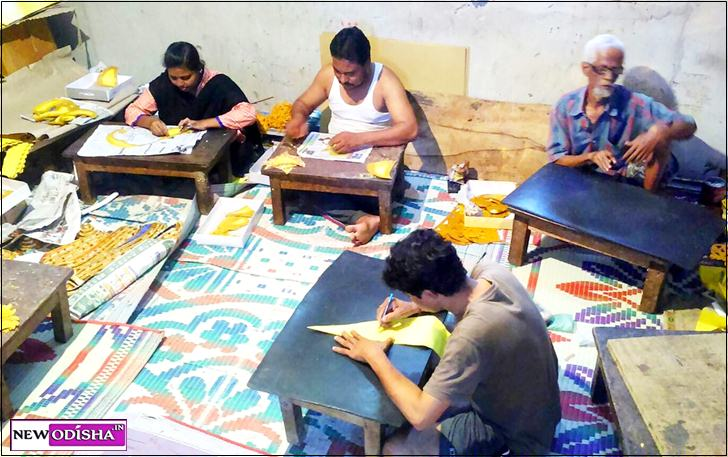 Muslim Artisans are the Backbone of Durga Puja in Cuttack