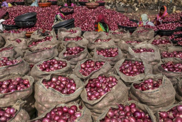 MMTC to import 11000 MT of Onions from Turkey